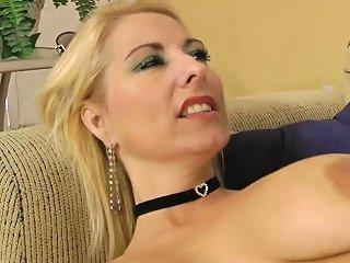 Dallas Diamondz Blond Milf Stretched Open Fully Any Porn