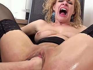 Sexy Curly Haired Babe Is Getting Fist In Puss