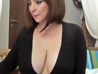 Saschagreen's Cleavage In Black Free Porn 80 Xhamster