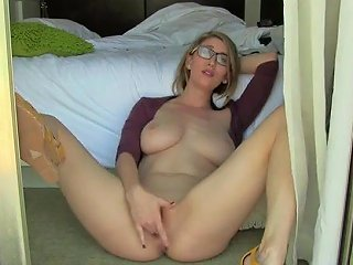 Balcony Masturbated Free Girls Masturbating Porn Video D1