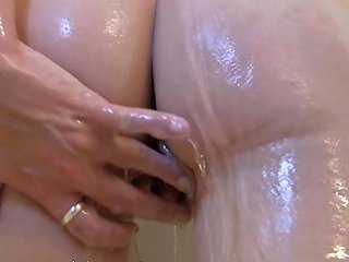 Aracoeli Nin In The Shower Soaping Her Tits Free Porn 93