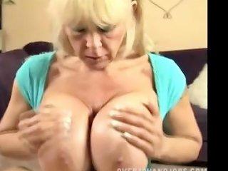 Mom Squeezes Dick Between Her Monster Boobs Drtuber