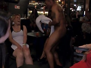 I Am A Male Stripper And I Love To Go To Bachelorette Parties