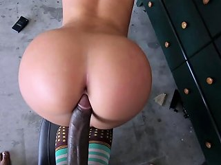 Cute Skateboarding White Girl Gets Fucked By A Big Black Cock In A Garage