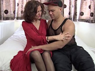 Skinny Mature Beauty Sits Her Cunt On An Uncut Cock Any Porn