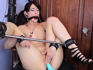 Hot Goth Babe In Bondage And Ball Gag Gets Pussy Fucked By Fuck Machine