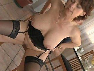 English Mature Like Anal Free Mature Anal Porn Video 84