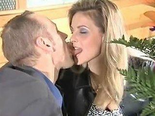 Beautiful Platinum Blonde Doubled In Restaurant Bb Porn 57