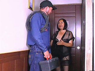 Russian Horny Old Lady Andrea Is Actually So Damn Good At Riding Strong Cock