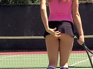 Three Chicks Have Lesbian Threesome After Playing Tennis
