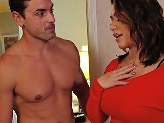 Stacked Sexpot Eva Angelina Loves Spontaneous Sex And She Is So Beautiful