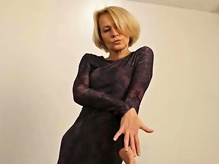 Hot Mature Slim Mother Feeding Her Cunt Porn 6e Xhamster