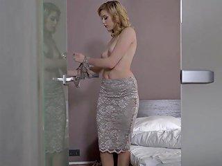 Glamkore Euro Babe Anny Aurora's Sensual Fuck With