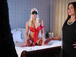 Brazzers Blindfolds Buttplugs And Fun With Blanche Bradburry 124 Redtube Free Blonde Porn