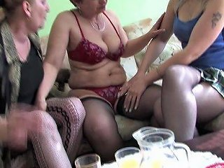 Lesbians Silva And Dayna Seduce A Hot Chick For A Threesome
