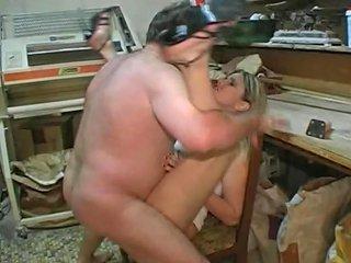 Une Cliente Paye Son Pain En Se Faisant Baiser Hd Porn A2