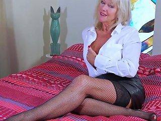 Eropemature Milf Blonde Playing Alone Txxx Com